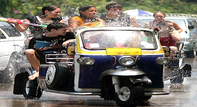 Songkran Festival, Pure Water Splashing