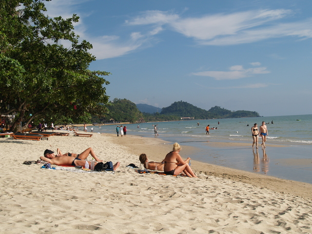 White Sand Beach @ Koh Chang-Trat