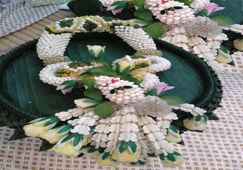 Puang Malai- Thai garland